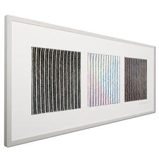 Betrachten Sie das Werk von links: Sie sehen ein schwarz-weiß-schwarzes Linienraster.