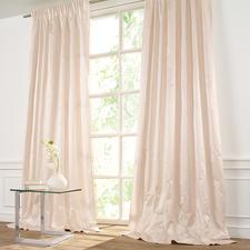 Vorhang Sonatine - 1 Stück - Seltene Satinseide: Griffig. Glatt. Modern. Elegant.