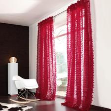 "Vorhang ""Flamenco"", 1 Vorhang - Die neue Wohn-Lust: Feuriges Rot. Filigraner Stoff. Flatternde Fransen."