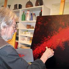 Benno Werth (1929 - 2015) übermalte jedes der je 30 Exemplare von Hand.