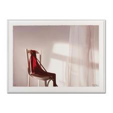 """Rot mit Stuhl"", gerahmt 113,5 x 84,5 cm."