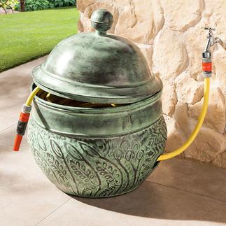 """Schlauch-Kübel """"Key West"""" Aus pulverbeschichtetem Stahl. Fasst bis zu 45 m Schlauch – wohlgeordnet und bequem griffbereit."""