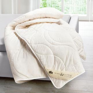 Waschbares Schurwoll-Duo-Steppbett Der Schlafkomfort natürlicher Schafschurwolle. Jetzt hygienisch maschinenwaschbar bis 60 °C.
