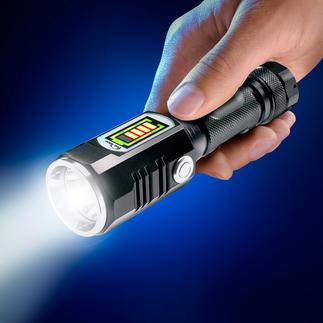 Akku-Seitenlicht-Taschenlampe 457 Lumen Lichtstrom. Bis zu 174 m Reichweite. Mit separat einschaltbarem 3-W-Nahbereichsstrahler.