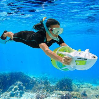 Seascooter™ Aqua Ranger Ideal für den Urlaub: der erstaunlich günstige Fun-Scooter. Für die ganze Familie.