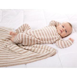 Geschenkset Luxus-Strampler und Decke Verwöhnender Luxus für die Kleinsten: das Baby-Set aus feinstem, flaumzartem Kaschmir.
