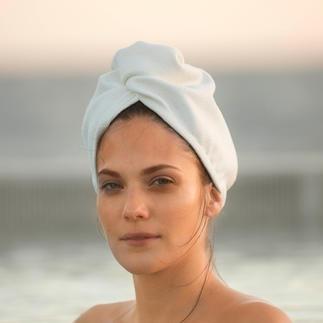 Aquitex® Hair Turban Dieser samtweiche Turban trocknet Ihr Haar schneller als ein Baumwollhandtuch. Und viel schonender als Heißluft.