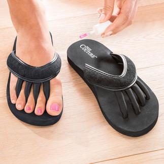 Zehenspreizer-Sandalen Genial: Die Sandale für entspannte Zehen und perfekt lackierte Nägel.