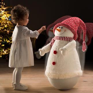 Schaukelnder Schneemann Fröhlicher Schwung für die Winter- und Weihnachtszeit. Ein Eyecatcher, der Jung und Alt viel Freude beschert.