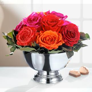 Echtes Rosengesteck Echte Rosen – aber von dauerhafter Schönheit. Ohne Wasser, ohne Pflege. Mit glänzend vernickelter Schale.