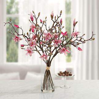 Magnolienstrauß Unvergängliche Schönheit: täuschend echte Magnolienzweige von fernöstlichem Reiz.