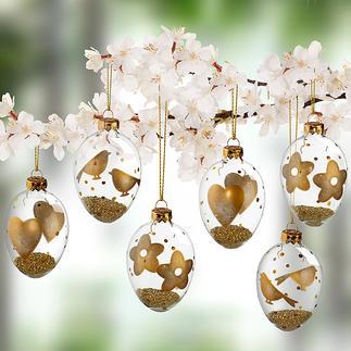 Glas-Ostereier mit Goldmotiven, 6er-Set Gefüllt mit dezent goldschimmerndem Granulat. Hochaktuell als Behang für Strauß oder Zweige, als Schmuck am Fenster.
