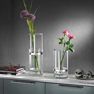 Höhenverstellbare Vase Durch die höhenverstellbare Metall-Manschette wächst die Vase stufenlos bis zu 33 cm.