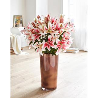 Lilienstrauß Stolze Schönheit, die nie verblüht: das Bouquet aus 12 langstielig eleganten Lilien.