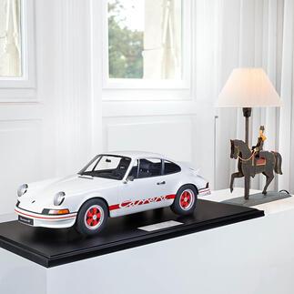 Porsche 911 Carrera RS 1972, 1:8 Aufwändig handgefertigt: die perfekte Replik des berühmten Vorbilds – als limitierte Edition von 191 Stück.
