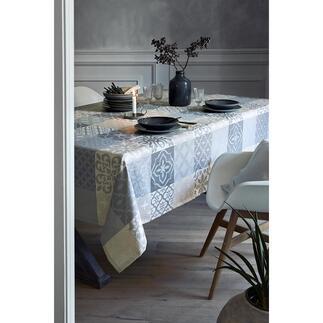 Jacquard-Tischdecke Azulejos Elegantes maurisches Erbe: Portugals berühmte AzulejosMotive als edle Tischdecke.