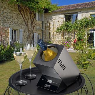 ElektrischerDesign-Weinkühler Edles Design serviert Ihre Weine gradgenau mit der gewünschten Trinktemperatur. Auf Tastentipp. Ideal auch für Sekt- und Champagnerflaschen.