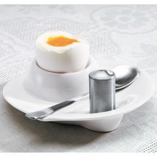 Eierbecher mit Salzstreuer und Löffel, 2er-Set Aus weißem Hartporzellan und mattiertem 18/10-Edelstahl: passend zu jedem Geschirr.