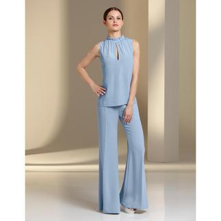 Pinko Seiden-Top oder Palazzo-Hose Eleganter, monochromer Komplett-Look, 3-fach trendgerecht: Pudriges Hellblau. Fließende Stoffe. Weite Hosen-Form.