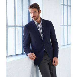 Das perfekte Sommerhemd zu Smart-Casual-Outfits. Luftiges Seersucker-Gewebe. Klassisches Karo-Muster.