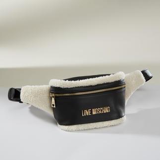 Love Moschino Teddy-Gürteltasche High-Fashion-Piece Gürteltasche: Love Moschino verpasst ihr zusätzlich den angesagten, winterlichen Fell-Look.