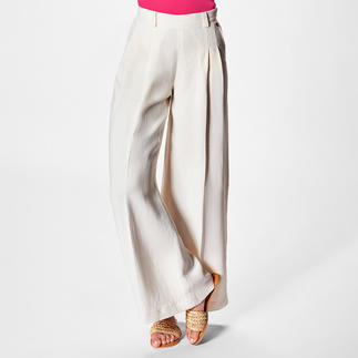 TWINSET Wide-Leg-Pants Auf jedem Fashion-Radar: Wide-Leg-Pants. Bei TWINSET im Schmeichel-Schnitt - selten schlank und feminin.