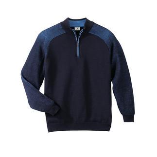 Der wärmende Wollpullover, der niemals kratzt. Dieser Stehkragen-Pullover ist im Stereo-System® gestrickt: außen feinste Merinowolle, innen reine Baumwolle.