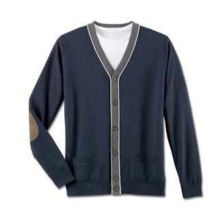 Der perfekte Sommer-Cardigan. Aus handgepflückter peruanischer Pima-Cotton. Leicht. Luftig. Weich. Und voluminös.