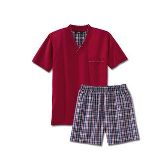 Der Lieblings-Pyjama zum kleinen Preis. Made in Germany von einem leistungsfähigen Spezialisten aus Sachsen. Weiches Jersey-Shirt in frischem Rot. Shorts in dezentem, blau/rot/weißem Karo.