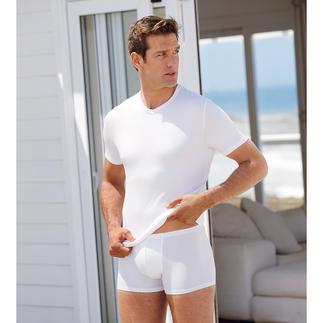 Das Zimmerli-Shirt aus MicroModal®, der feinsten aller natürlichen Zellulosefasern. Für immer weiß. Für immer schwarz. Perfekt als Schlaf- oder Unterzieh-Shirt.