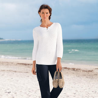 Der Sommer-Pullover von Saint James mit seltenem Korbflecht-Muster. Durch das luftige Geflecht erhält er die voluminöse, plastische Struktur und ist sommerleicht.