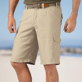 Die Edel-Bermuda - aus italienischem Leinen. Die perfekte Urlaubs-Hose. Luftig leicht und mit 7 praktischen Taschen.