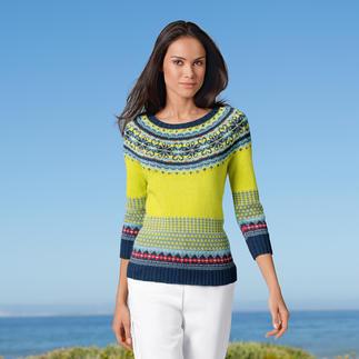 Nadelkunst-Rarität: Der handgestrickte Fair-Isle-Pullover aus 7 Farben. Reine Baumwolle ist genau richtig für die wärmere Jahreszeit. Und: jeder Kauf unterstützt ein Hilfsprojekt.