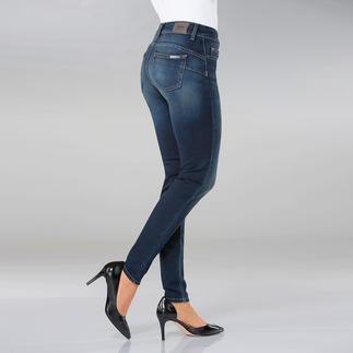 """Die """"Bottom up"""" von Liu Jo Jeans, Italien - kaum eine Skinny Jeans lässt ihren Po knackiger aussehen. Gesäßtaschen und Abnäher sind an genau den richtigen Stellen platziert, um den Po optisch in Szene zu setzen."""