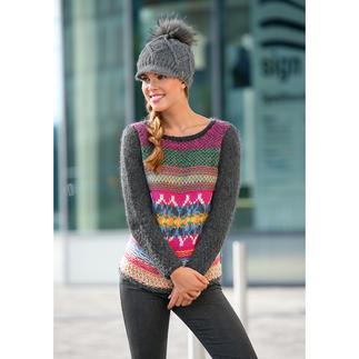 Von Hand gestrickt in Schottland. Jeder Pullover ist ein unverwechselbares Unikat. Limitiert auf 200 Stück pro Saison. Von Eribé.