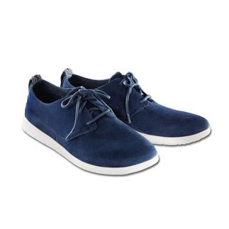 Der Edel-Sneaker vom Kult-Label UGG® Australia. Wasserabweisendes Veloursleder. Ultraleichte Laufsohle. Und ein sehr guter Preis.