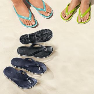 Die Strand-Flips mit bequemem Fußbett. Superweich. Sanft dämpfend. Und ultraleicht. Von Crocs™. Für Damen und Herren.