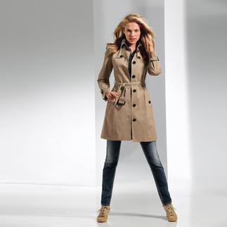 Der Trenchcoat von DAKS, London. Dieses Original ist eine Investistion fürs Leben. Neuer, schlanker Schnitt. Leichter Baumwoll-Stretch. Feminin und bequem.