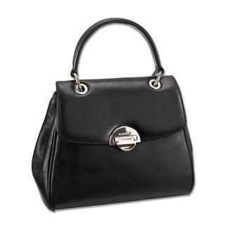 Die Bogner Leather Jubiläumstasche - ein Klassiker, doch zur Zeit trendiger denn je. Clean, schwarz und mit kurzem Henkel passt sie perfekt zum aktuellen Taschen-Trend.