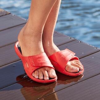 Die Badeschuhe für Leistungssportler – und für Sie. Rutschhemmend auf nassen Untergründen. Antibakteriell gegen Fußpilz.