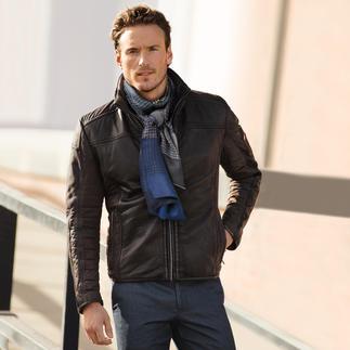 Die Lederjacke aus handschuhweichem Lammleder mit Mikro-Stretch-Gewebe und Warmfutter. Rund 30 % leichter als andere wärmende Lederjacken.