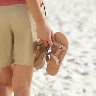 Die Teva®-Outdoor-Flats: Vom Trecking-Schuh zum edlen Fashion-Flat aus Leder. Tragen Sie das Original mit Fußkomfort.