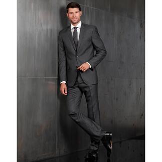 Der modische Anzug in Premium-Qualität für nur 499,– Euro. Selten lebendiges Minimaldessin. Außergewöhnlich edles Schurwolltuch mit Seide.