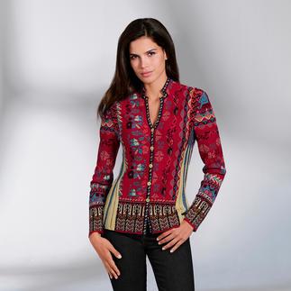 Die Jacke aus außergewöhnlich vielfarbigem Jacquard-Strick. Eine Rarität aus Serbien. Von IVKO.