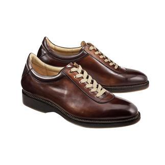 Der elegante Edelsneaker, hochwertig rahmen-genäht wie klassische Businessschuhe. Poliertes Leder. Puristische Form. Made in Spain von Cordwainer.