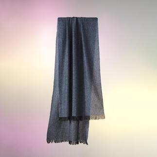 Einer der leichtesten und doch wärmenden Pashmina-Schals der Welt. Selten zu finden. Feinstes Kaschmir - zweifädig und hauchdünn gesponnen.