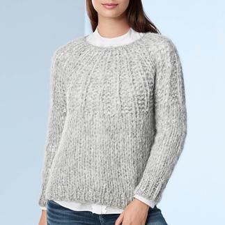 Der zeitgemäße Grobstrick-Pullover. Eine Rarität aus den Anden: kostbares Alpaka, handgestrickt statt massengefertigt.