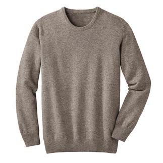 Der Pullover aus seltener Yakwolle, naturbelassen und frei von Chemie. Leichter als Schurwolle. Fast so weich wie Kaschmir. Und deutlich robuster als beide.