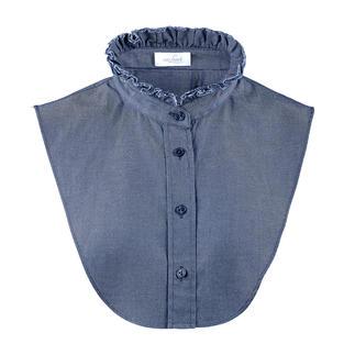 """Das """"Betrügerle"""" von van Laack: perfekt unter schmalen Pullovern. Lässiger Jeans-Stoff. Elegante Blusen-Optik. Aber nichts staucht oder trägt auf."""