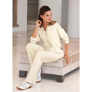 Der Pima-Cotton-Anzug: kuschelweich, superbequem – und trotzdem sehr gepflegt. Sogar straßentauglich. Am Ende eines langen Tages verwöhnt Sie der weiche Komfort handgepflückter, peruanischer Pima-Cotton.